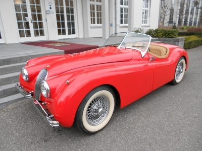 1951-jaguar-xk120-ots-roadster-red-beige-1961.JPG