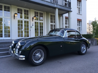 1957-jaguar-xk150-xk-150-fhc-coupe-auto-automatic-dark-green-beige-01_2.JPG