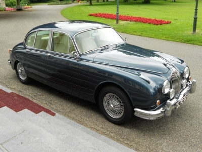 1961-jaguar-mkii-mk2-3-8-updated-1961.JPG