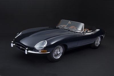 1962-jaguar-xke-e-type-3.8-ots-cabrio-convertible-series-1-dark-blue-tan-matching-concours-01-kopie.JPG