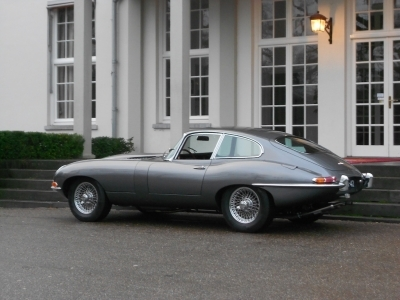 1963-jaguar-e-type-xke-3-8-series-1-fhc-lhd-opalescent-gunmetal-grey-red-1961.jpg